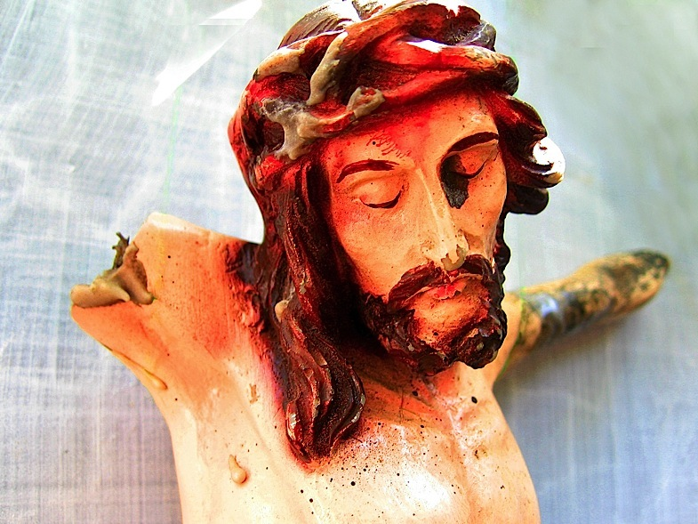 Yesus statue 06